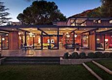 mid-century modern architecture buff